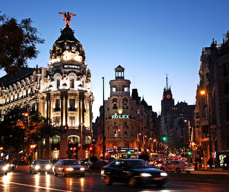 gran via de Madrid la nuit